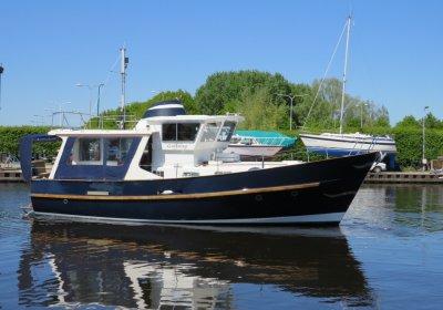 Fisher 38 Trawler, Motorjacht