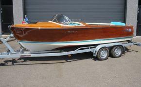 Riva Super Florida (VERKOCHT), Speedboat und Cruiser Riva Super Florida (VERKOCHT) te koop bij Jachtmakelaardij Lodewijk Bos