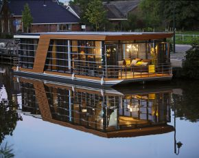 House Boat House Boat, Varend woonschip  for sale by Chris Beuker Maritiem