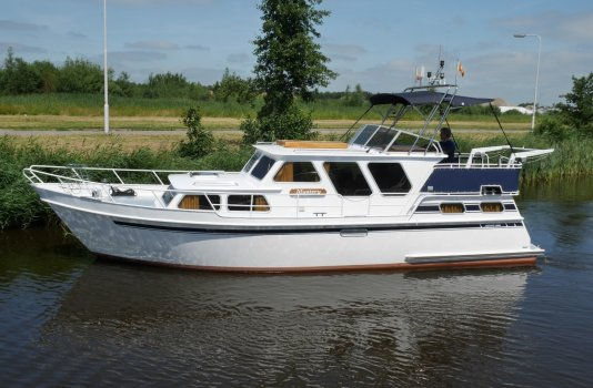 Amirante 2000, Motorjacht for sale by Smelne Yachtcenter BV