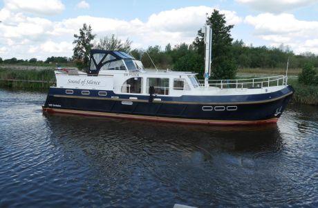 VJB Exclusive Multiknikspant Motorjacht, Motorjacht VJB Exclusive Multiknikspant Motorjacht te koop bij Smelne Yachtcenter BV