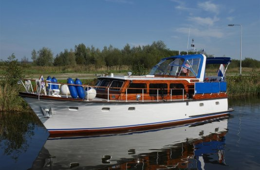 Super Van Craft 1140 AK, Motoryacht for sale by Smelne Yachtcenter BV