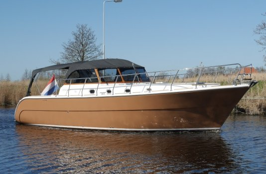 Starcruiser 1100, Motoryacht for sale by Smelne Yachtcenter BV