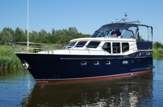 Noblesse 38, Motorjacht for sale by Smelne Yachtcenter BV