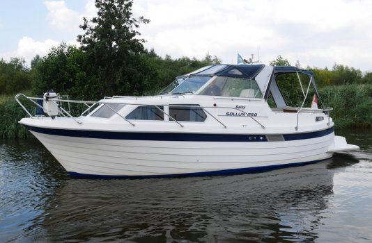Sollux 850 TC, Motorjacht for sale by Smelne Yachtcenter BV