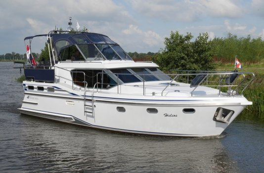 Reline 38 SLX, Motoryacht for sale by Smelne Yachtcenter BV