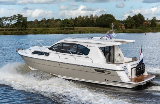 Haines 32 Offshore (DEMO), Motorjacht for sale by Smelne Yachtcenter BV