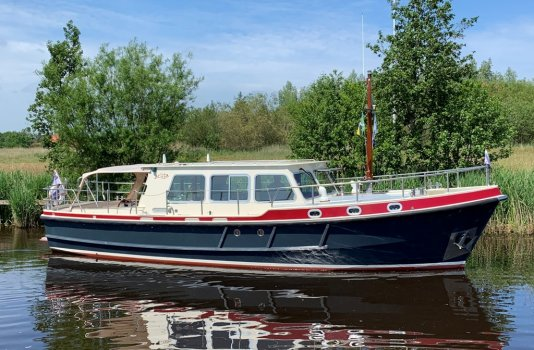 Barkas 1100 OK, Motorjacht for sale by Smelne Yachtcenter BV