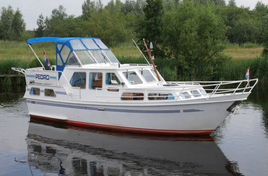 Pedro 34, Motorjacht for sale by Smelne Yachtcenter BV
