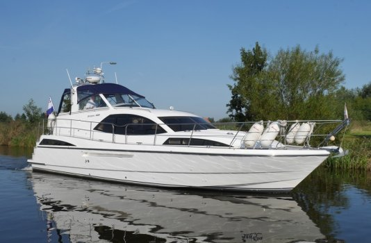 Broom 425, Motorjacht for sale by Smelne Yachtcenter BV