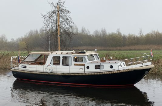 Valkvlet 1130 OK AK, Motorjacht for sale by Smelne Yachtcenter BV