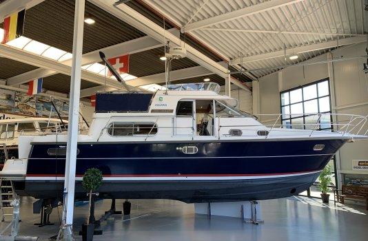 Nimbus 380 Commander, Motorjacht for sale by Smelne Yachtcenter BV