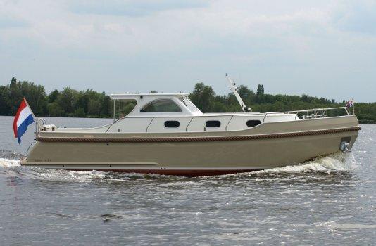 Vedette 10.30 Hardtop, Motorjacht for sale by Smelne Yachtcenter BV