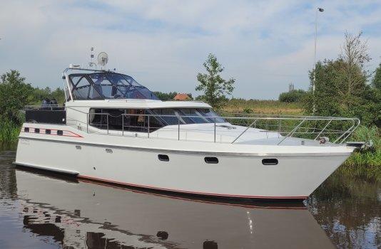 Vri-Jon Contessa 45, Motor Yacht for sale by Smelne Yachtcenter BV