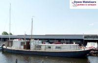 IJsselaak 18.00, Ex-professionele motorboot