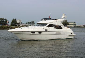 Sealine F43, Motorjacht Sealine F43 te koop bij Sleeuwijk Yachting