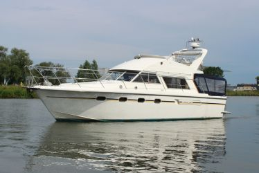 Fairline 40, Motorjacht  for sale by Sleeuwijk Yachting