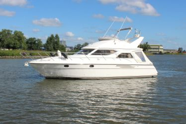 Princess 360, Motorjacht for sale by Sleeuwijk Yachting