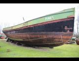 Salonboot Casco, Motor boat - hull only Salonboot Casco for sale by Scheepsmakelaardij Goliath Bergum