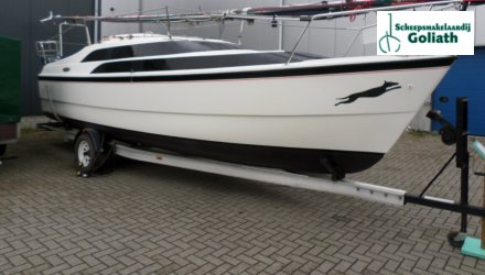 Macgregor 26 M, Zeiljacht  for sale by Scheepsmakelaardij Goliath Lemmer 2