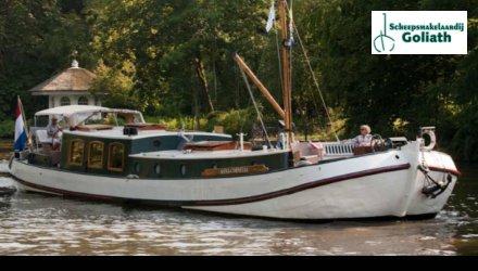 Tjalk Luxe Woonschip met ligplaats Londen, Varend woonschip  for sale by Scheepsmakelaardij Goliath Muiderberg