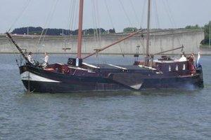 Woonschip AMSTERDAM, Varend woonschip  - De Jachtmakelaars.nl