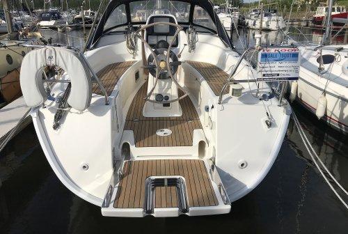 Bavaria 31 Cruiser, Inruil Mogelijk, Zeiljacht  for sale by Saleboot BV