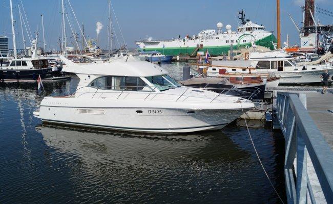 Jeanneau Prestige 36 Fly, Motor Yacht for sale by Ocean's 500