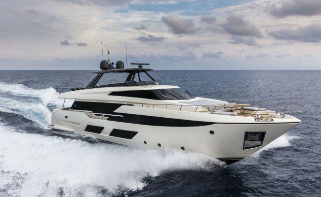 Ferretti 960, Motor Yacht for sale by Ocean's 500