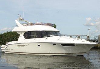 Jeanneau Prestige 39 Flybridge, Motorjacht Jeanneau Prestige 39 Flybridge te koop bij White Whale Yachtbrokers