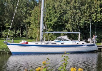 Hallberg Rassy 43, Sailing Yacht Hallberg Rassy 43 for sale at White Whale Yachtbrokers