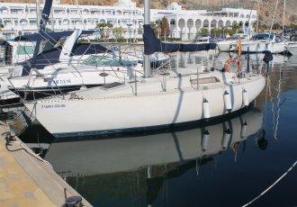 Beneteau First 30, Segelyacht Beneteau First 30 zum Verkauf bei White Whale Yachtbrokers - Almeria