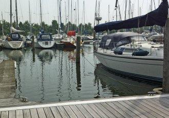 Medemblik (NL) Regattacenter EZ 17,ligplaatste koop bij White Whale Yachtbrokers