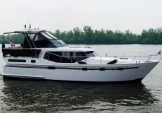 Vacance 1220, Motor Yacht  for sale by White Whale Yachtbrokers
