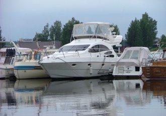 Azimut 39, Motorjacht Azimut 39 te koop bij White Whale Yachtbrokers