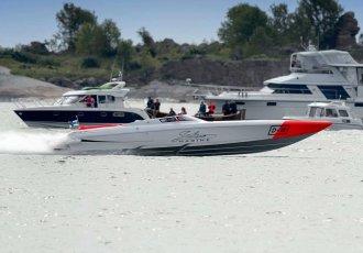 Donzi 38 ZRC - 1640hp Beast!, Speed- en sportboten Donzi 38 ZRC - 1640hp Beast! te koop bij White Whale Yachtbrokers