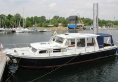 Pikmeer 1050 OK, Motorjacht  for sale by White Whale Yachtbrokers