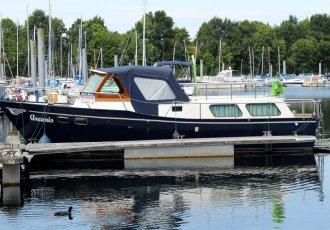 Veha Motorkruiser, Motoryacht Veha Motorkruiser zum Verkauf bei White Whale Yachtbrokers - Limburg
