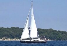 Bavaria 44 Vision Customline, Segelyacht  for sale by White Whale Yachtbrokers
