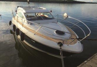 Grandezza 31 OC, Speed- en sportboten Grandezza 31 OC te koop bij White Whale Yachtbrokers