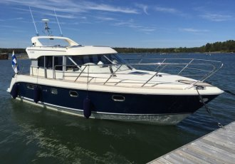 Aquador 32, Speed- en sportboten Aquador 32 te koop bij White Whale Yachtbrokers
