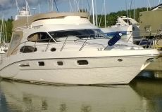 Sealine F 37, Motoryacht  for sale by White Whale Yachtbrokers