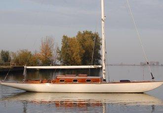 Burmester Seefahrtkreuzer 50m2 Windfall, Klassiek scherp jacht Burmester Seefahrtkreuzer 50m2 Windfall te koop bij White Whale Yachtbrokers