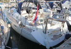 Jeanneau Sun Odyssey 42 DS, Zeiljacht  for sale by White Whale Yachtbrokers