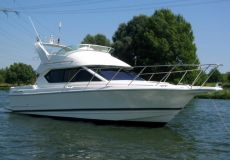 Bayliner 2858 SE Ciera Command Bridge, Speed- en sportboten  for sale by White Whale Yachtbrokers