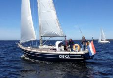 Dufour 35, Zeiljacht  for sale by White Whale Yachtbrokers