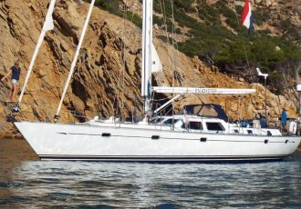 Oyster 53 HP, Sailing Yacht Oyster 53 HP for sale at White Whale Yachtbrokers