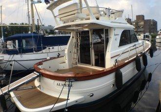 Sciallino S40 Flybridge, Speed- en sportboten Sciallino S40 Flybridge te koop bij White Whale Yachtbrokers - Vinkeveen
