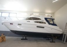 Sealine F37, Motorjacht  for sale by White Whale Yachtbrokers