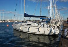 Dufour 34E Performance, Zeiljacht  for sale by White Whale Yachtbrokers